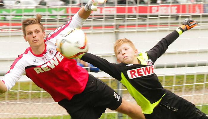 Cristiano, hör auf zu spucken! Profi-Fußballer als schlechte Vorbilder für den Jugendfußball?