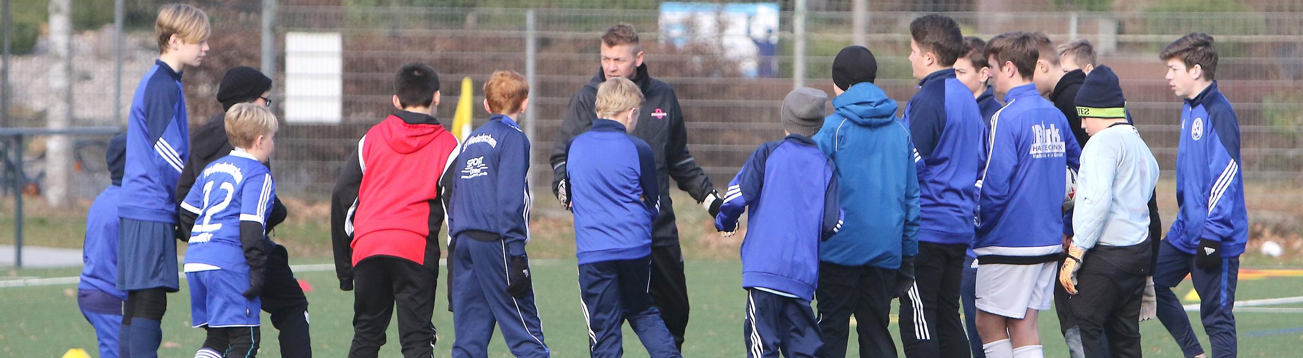 Der ewige Konflikt im Kinderfußball: Eltern vs. Trainer