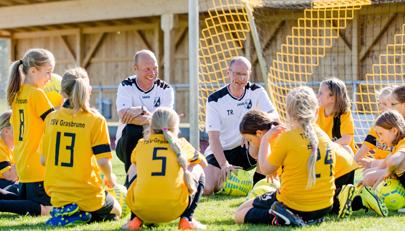 Selbstständige Nachwuchsfußballer? Zwischen Erziehung und Überbehütung